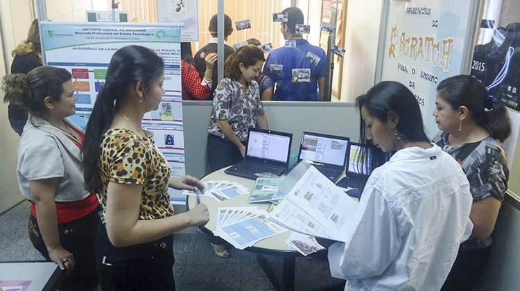 Apresentação de projetos marca I Mostra de Aplicações de Tecnologias no Ensino
