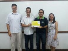 Da esquerda para a direita: docente Me. Hillermann Lima, Me. Vitor Bremgartner, discente David Alburquerque e docente Me. Nilmara Salgado.