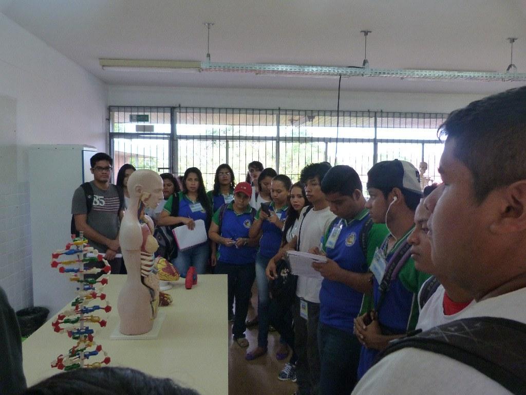 8. Laboratório de Ciências Exatas.JPG