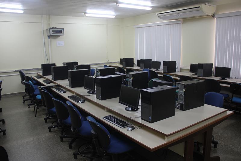 Laboratório de Informática.JPG