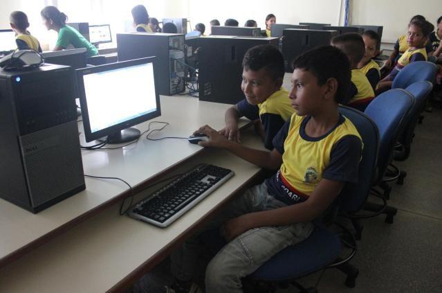 "Projeto ""O mundo da lua"" promove visita de alunos de escola municipal ao IFAM Coari"