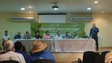 Membros da Mesa Redonda do I Seminário Agropecuário de Presidente Figueiredo.