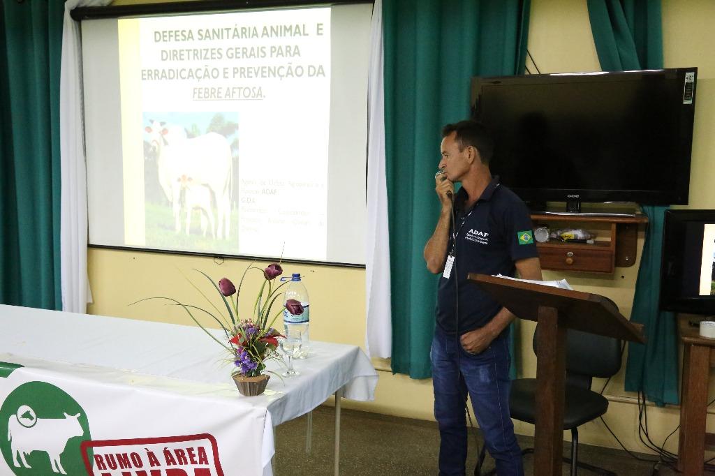 Camapanha vacinação Aftosa Lábrea (17).JPG