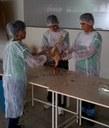 Alunos do curso Técnico em Agropecuária em aula prática