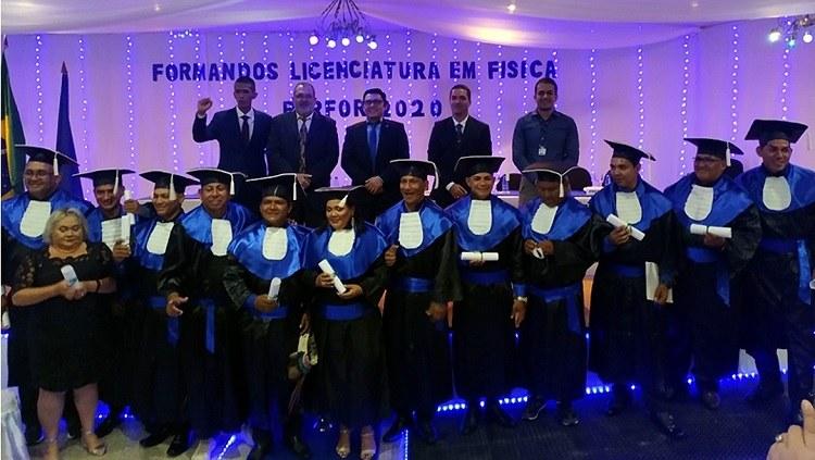 IFAM Tabatinga realiza cerimônia de Colação de Grau do curso de Licenciatura em Física (PARFOR)