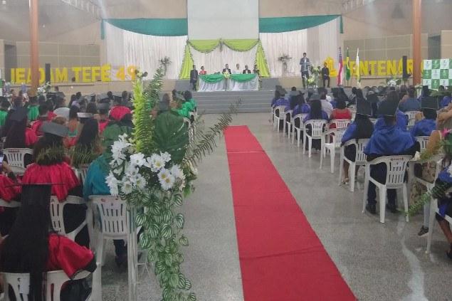 Campus Tefé realiza solenidade de formatura