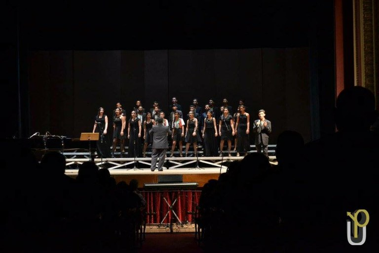 Coral e Banda IFAMília no Teatro Amazonas