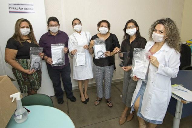 IFAM faz entrega de máscaras a profissionais da saúde, em Manaus