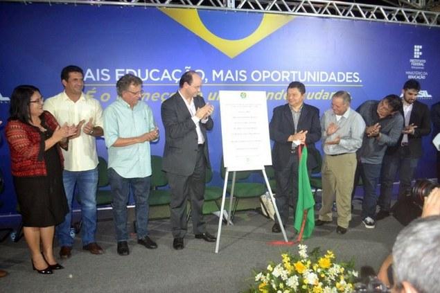 Ministro da Educação e Reitor do IFAM inauguram campus em Manacapuru