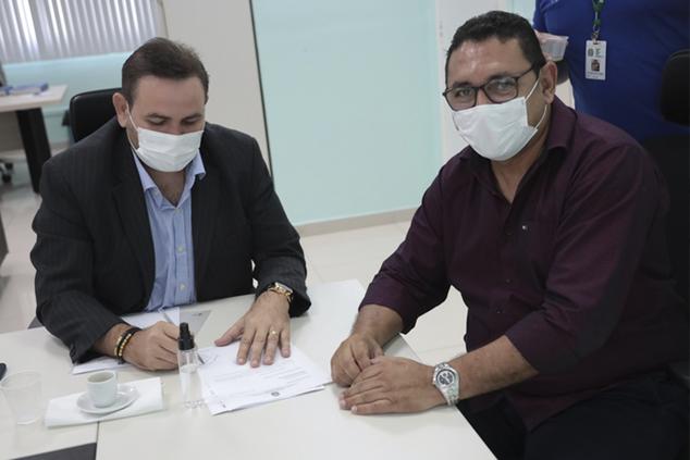 Prefeito municipal de Eirunepé é recebido pelo Reitor do IFAM e sua equipe Gestora.