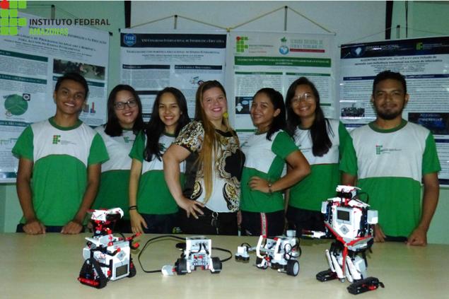 Tecnologia a favor do conhecimento leva alunos de Parintins para Congresso no Chile